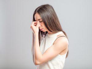 teen ashamed of her nose